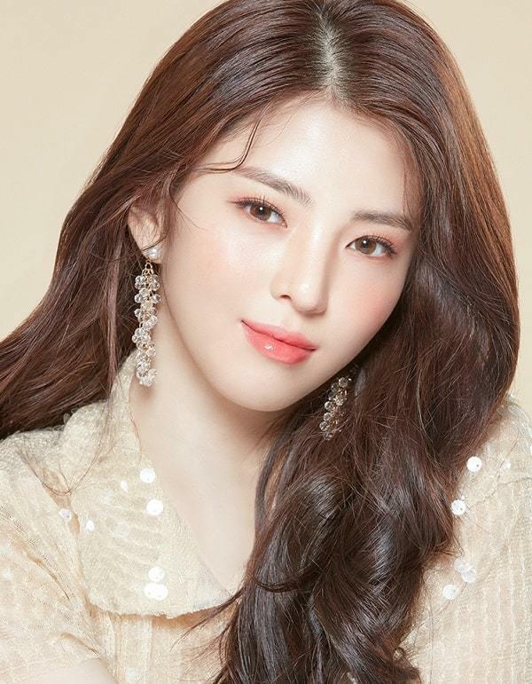 Lướt đúng 5s, 'tiểu tam' Han So Hee gây u mê nhờ vẻ đẹp nữ thần