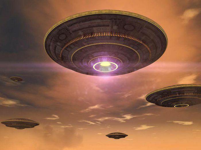 Bí ẩn tranh cãi phi công lái máy bay thương mại nhìn thấy UFO