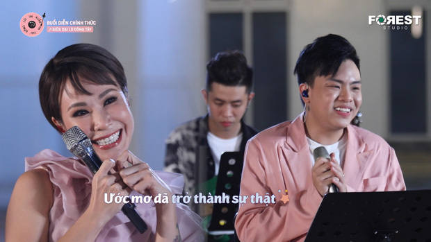 Uyên Linh thể hiện sáng tác ưng ý nhất của Hứa Kim Tuyền, dân tình thi nhau nhớ mối tình cũ, còn đòi luôn bản karaoke