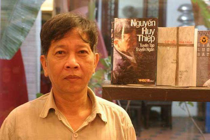 """Vĩnh biệt Nguyễn Huy Thiệp:""""Những ngọn gió Hua Tát"""" đã về trời…!"""