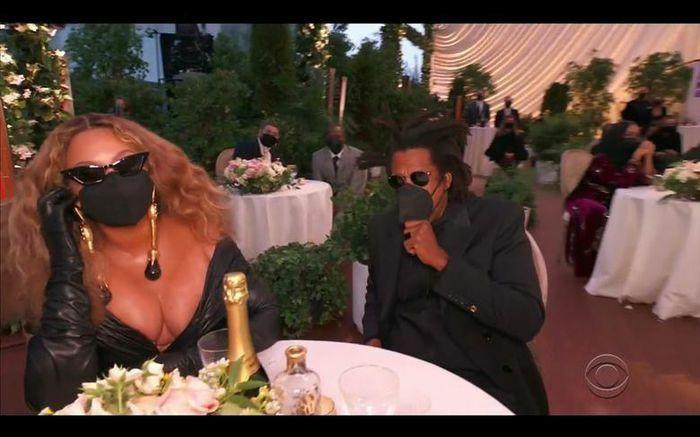 Những khoảnh khắc ấn tượng tại lễ trao giải Grammy 2021