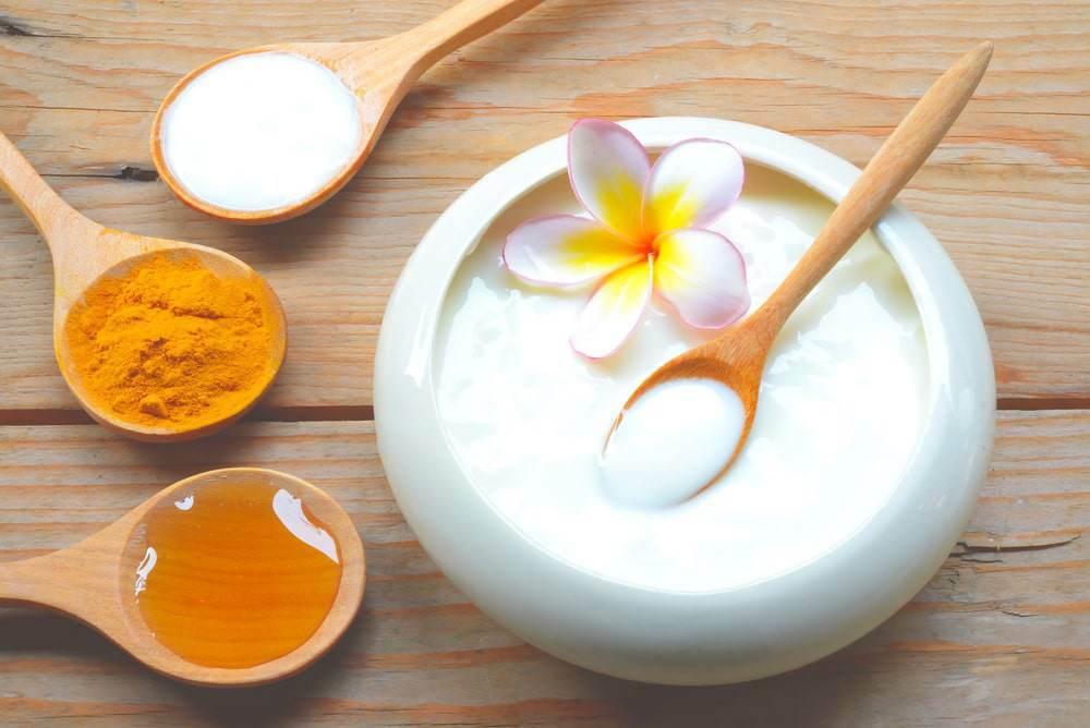 Top 7 công thức dưỡng da với mặt nạ mật ong nghệ đơn giản, tiết kiệm mà lại hiệu quả