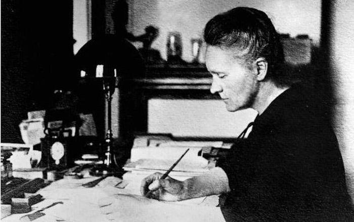 12 nhà khoa học nữ có nghiên cứu làm thay đổi thế giới trong ba thế kỷ qua