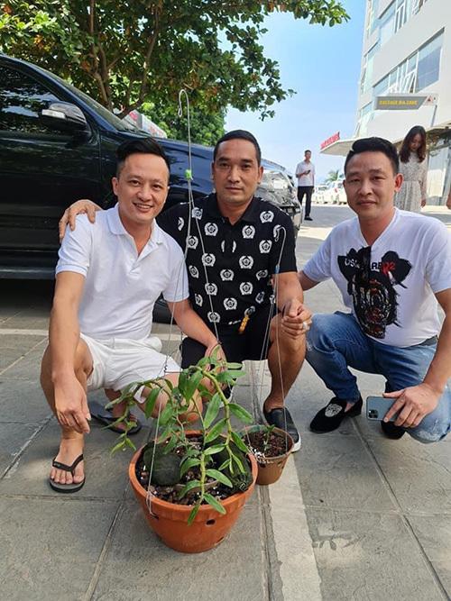 Nghệ nhân Nguyễn Văn Mạnh và niềm đam mê cháy bỏng với lan đột biến