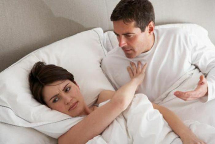 """""""Tòm tem"""" với người khác bị vợ phát hiện, lý do chồng đưa ra khiến vợ phải tự xem lại mình"""