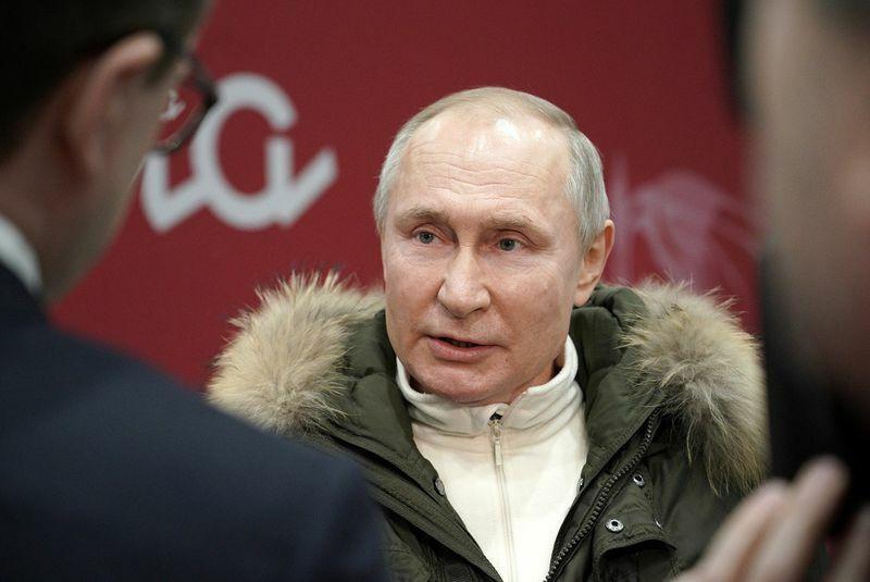 """Thủ tướng Canada nói ông Putin chịu trách nhiệm """"những điều khủng khiếp"""""""