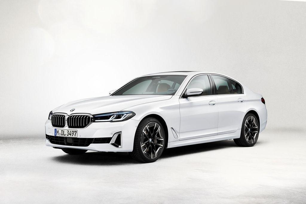 Thaco loại bỏ động cơ 1.6 lít BMW 5-Series 2021