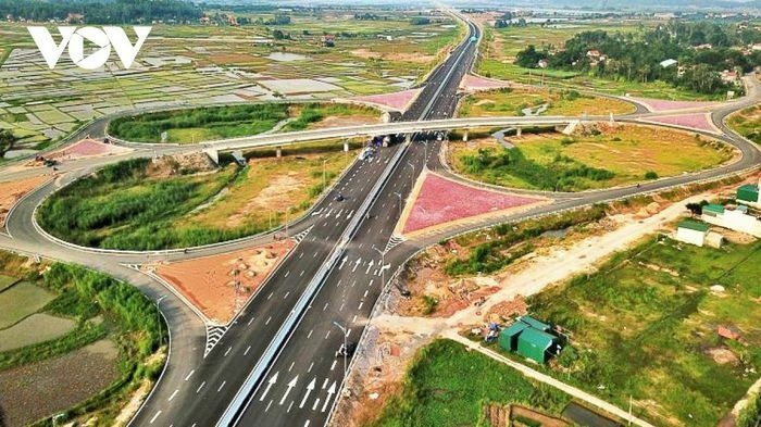 Bình Dương và Bình Phước ký kết triển khai xây dựng cao tốc