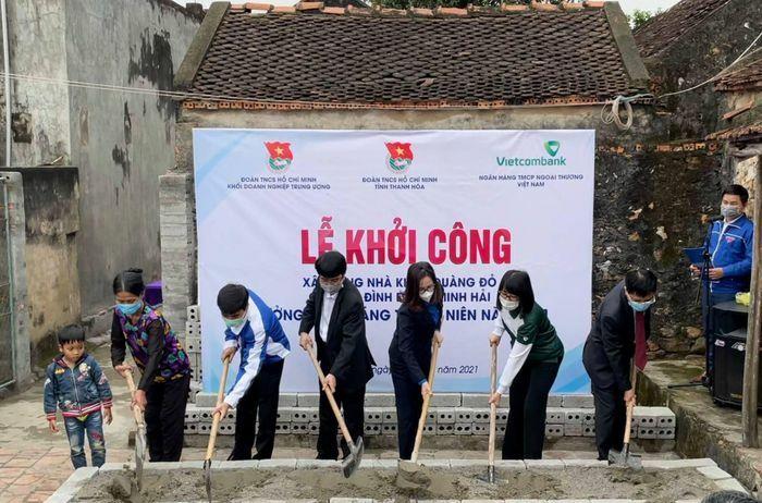 Xây nhà Khăn quàng đỏ cho 2 học sinh nghèo tại Thanh Hóa