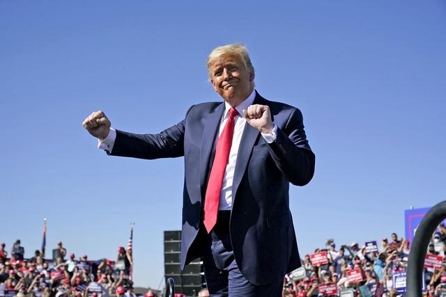 Truyền thông Mỹ chật vật vì người xem sụt giảm mạnh khi ông Trump về hưu