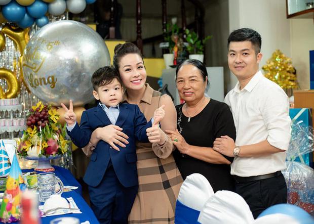 Nhật Kim Anh giành được quyền nuôi con sau nhiều năm đối đầu tại toà với chồng cũ đại gia