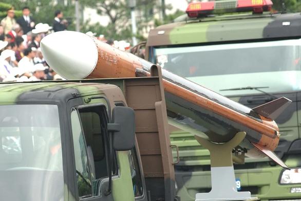 Đài Loan thừa nhận đang sản xuất nhiều tên lửa tầm xa
