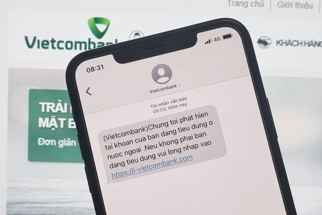 Người dùng Vietcombank nhận tin nhắn lừa đảo