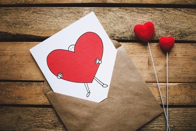 """Vì yêu, tặng nhau một chữ """"quên"""""""