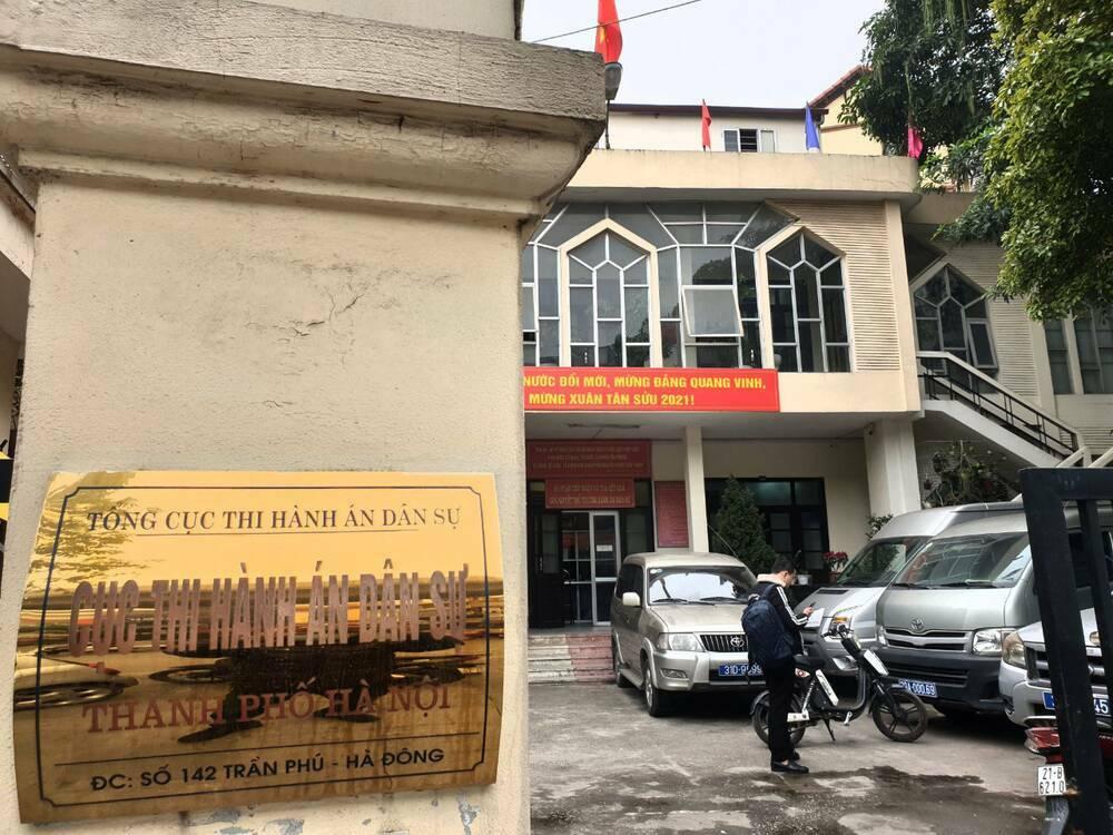 Làm rõ việc khoảng 20 người xông vào gây rối tại Cục thi hành án dân sự Hà Nội