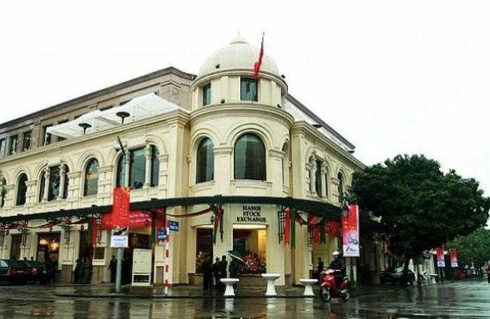 Hé lộ mức lương của lãnh đạo Sở Giao dịch Chứng khoán Hà Nội