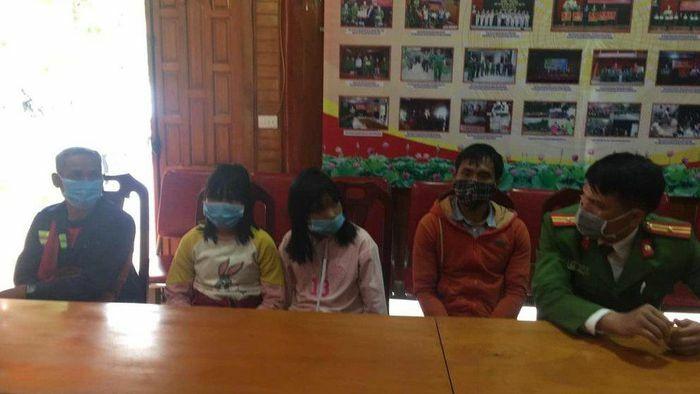 Trao trả 2 chị em ruột đi lạc từ Nghệ An vào Lâm Đồng về với gia đình