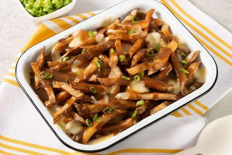 Ngây ngất hương vị Poutine trong ẩm thực Canada