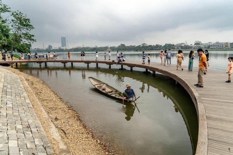 Xử phạt 15 triệu đồng vì dùng xung điện đánh bắt thủy sản trên sông Hương