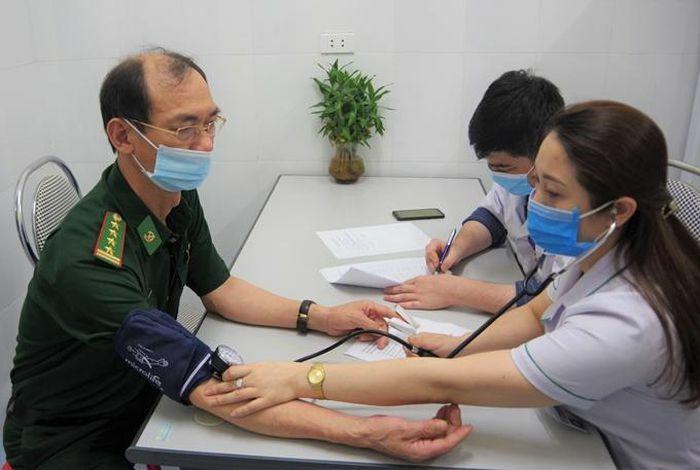 Cán bộ, chiến sỹ BĐBP Nghệ An tiêm vaccine ngừa COVID-19