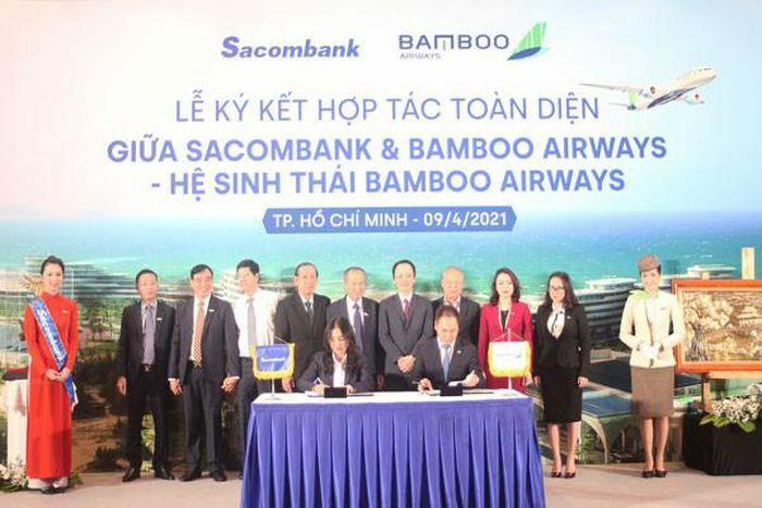 Ngân hàng Sacombank và hãng bay Bamboo Airways hợp tác toàn diện