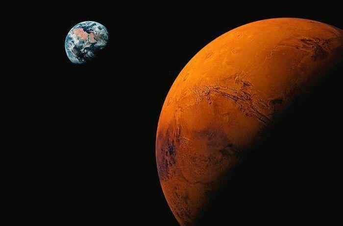 """Bí ẩn 20 năm về """"nhện khổng lồ trên sao Hỏa"""" cuối cùng cũng được giải mã"""