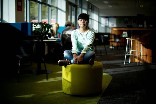 Thần đồng gốc Việt 13 tuổi đã học 2 chuyên ngành ĐH có nguy cơ bị trục xuất vì… quá thông minh: Tại sao lại như vậy?