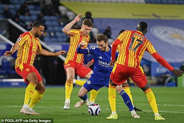 Vardy 'thông nòng', Leicester củng cố vị trí thứ 3