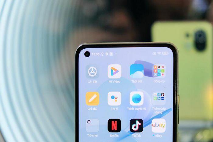 """Bộ đôi lính mới phân khúc tầm trung Xiaomi Mi 11 Lite và Mi 11 Lite 5G """"chào sân"""" thị trường VN"""