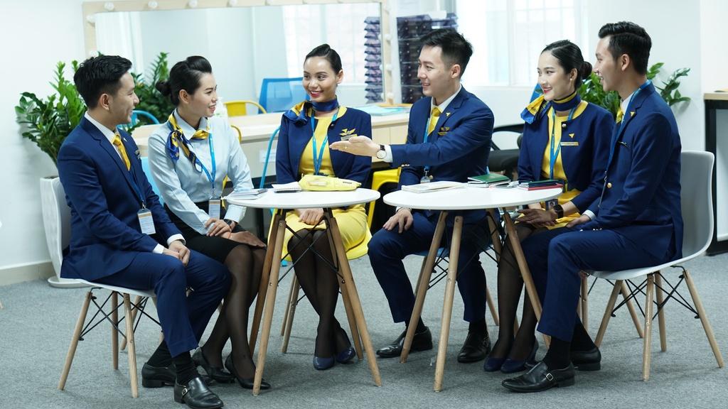 Trải nghiệm mới cùng hướng dẫn viên trên tàu bay Vietravel Airlines