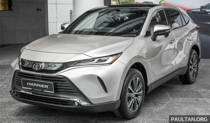 Cận cảnh Toyota Venza 2021 vừa trình làng
