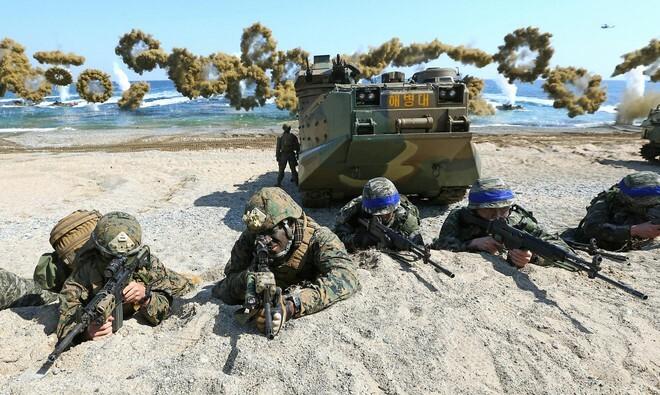 Mỹ – Hàn Quốc kí thỏa thuận chia sẻ chi phí quốc phòng