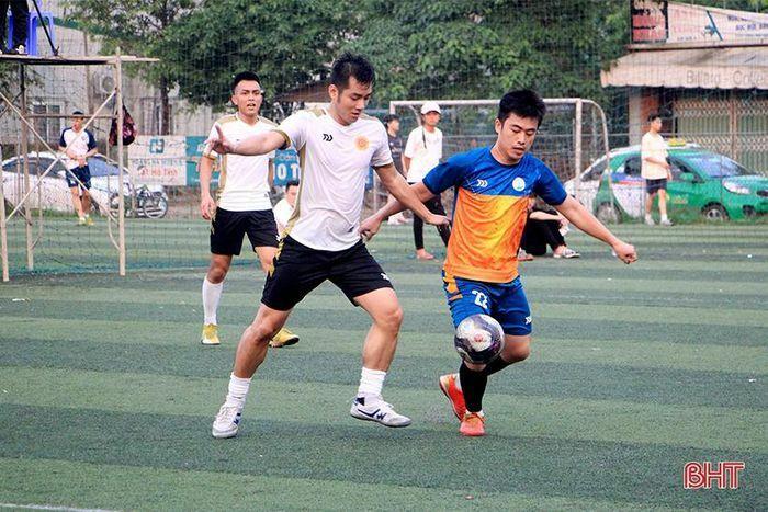 Đội họ Hoàng vô địch Giải Bóng đá nam các dòng họ Hà Tĩnh
