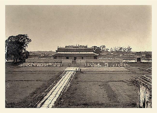 Ảnh lịch sử vô giá về điện Kính Thiên ở Hoàng thành Hà Nội