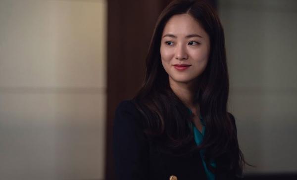"""Hong Cha Young – nữ chính độc lạ, đầy sức hút trong """"Vincenzo"""""""
