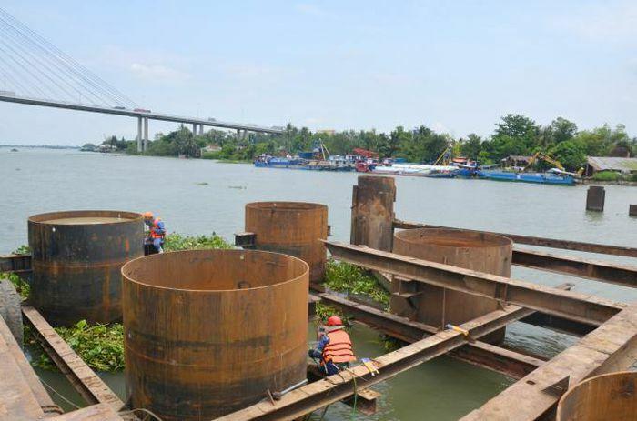 Nhà thầu xây trụ chính cầu Mỹ Thuận 2 cam kết tiến độ