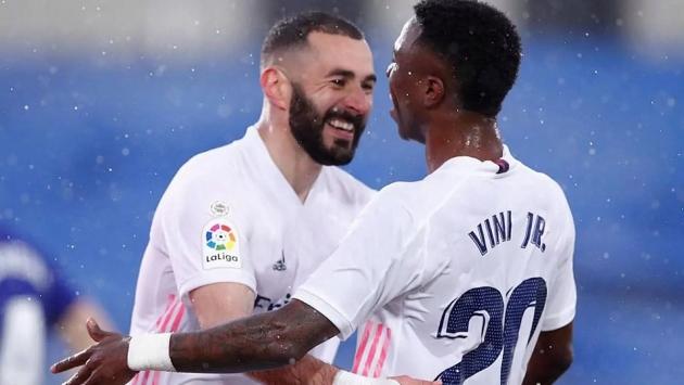 """Benzema hết lời khen ngợi """"cỗ máy tấn công"""" mới của Real"""