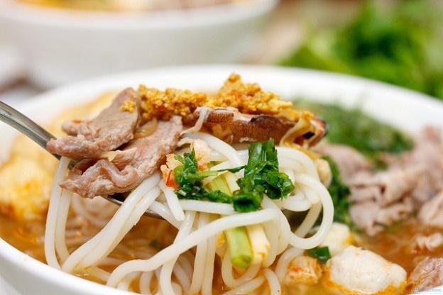 Ngoài phở bò, về Nam Định nhất định phải ăn bún đũa Chợ Rồng - ảnh 1