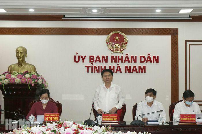 Hà Nam khẩn cấp chống dịch, cách ly hơn 1.000 nhân khẩu