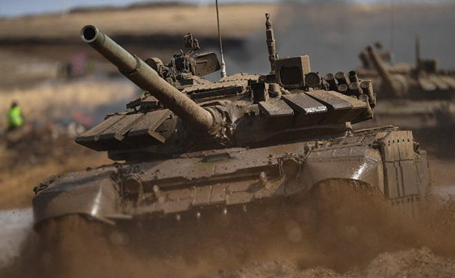 Báo Đức: Ông Putin không cần động thủ, chỉ cần tiếng xe tăng gầm gừ đã đủ khiến Ukraine khiếp sợ