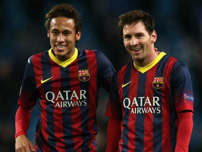"""""""Messi chắc chắn sẽ ở lại, chúng tôi đã tiến gần đến việc đưa Neymar về Barca"""""""
