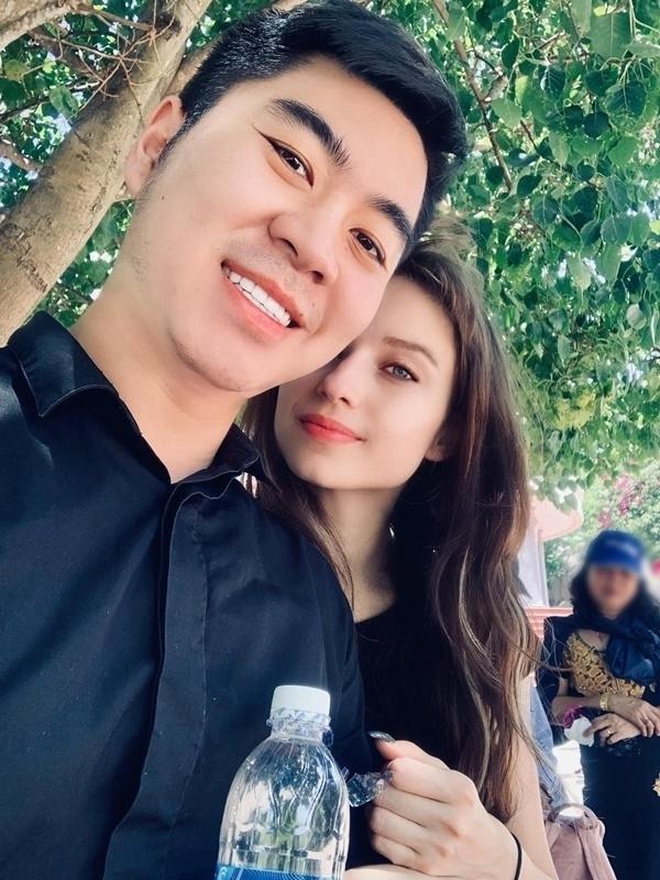 Sau trận game thua, giám đốc điều hành người Việt cưới được vợ Tây