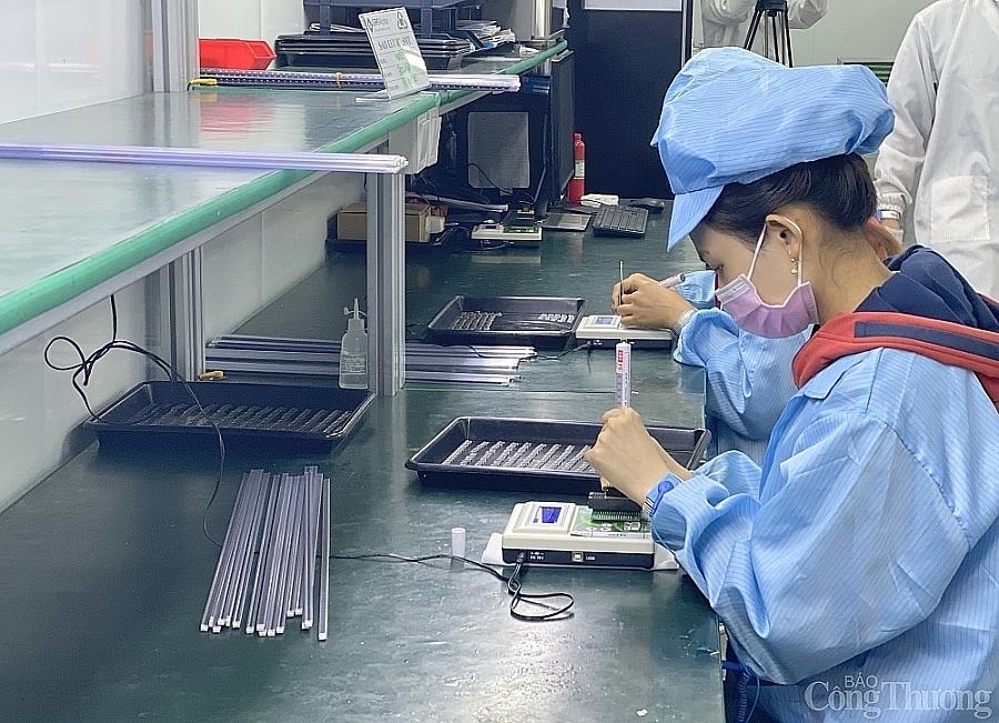 Bình Dương: Công nghiệp chế biến, chế tạo chiếm 98,9% giá trị sản xuất toàn ngành công nghiệp