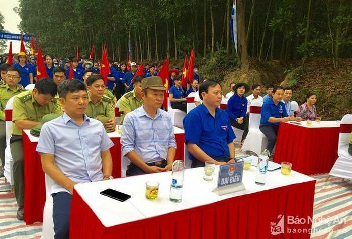 Tỉnh đoàn Nghệ An tổ chức lễ ra quân phòng cháy chữa cháy rừng