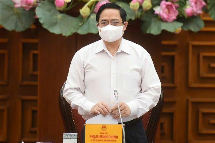 Thủ tướng Phạm Minh Chính chủ trì họp khẩn chống dịch COVID-19