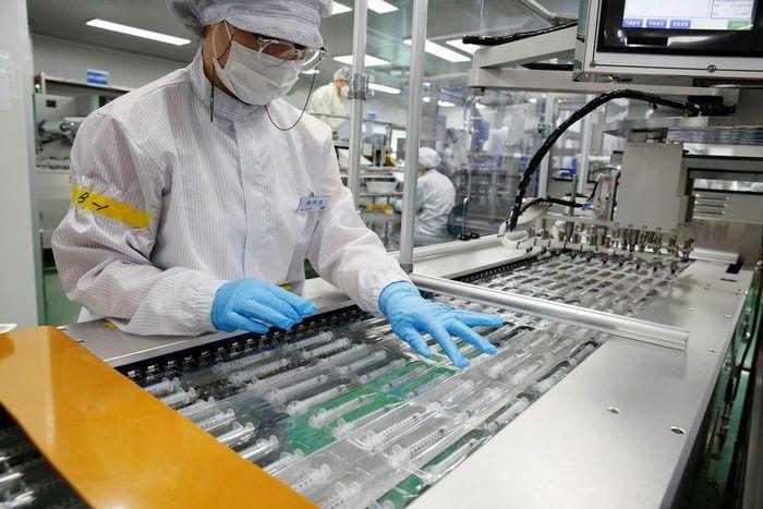 Ống tiêm cải tiến giúp Hàn Quốc đẩy nhanh chương trình tiêm vaccine COVID-19
