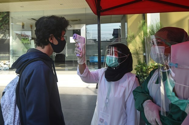 Lại thêm một quốc gia ở Châu Á oằn mình chống dịch Covid-19: Xác nhận có 8276 ca nhiễm/ngày