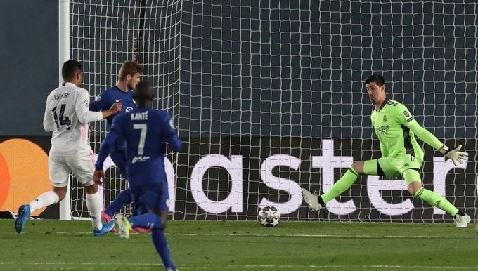 Joe Cole: 'Chelsea lẽ ra phải thắng Real'