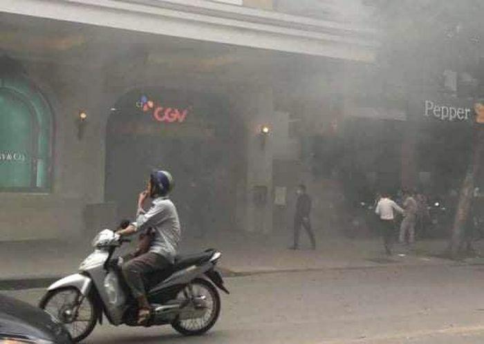 Vụ cháy tại Tràng Tiền Plaza: Do cháy xe sang