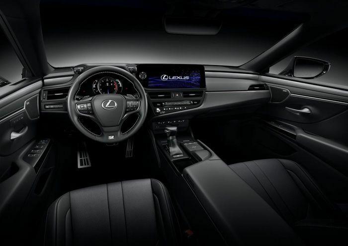 Lexus ES 2022 nâng cấp để hoàn thiện hơn